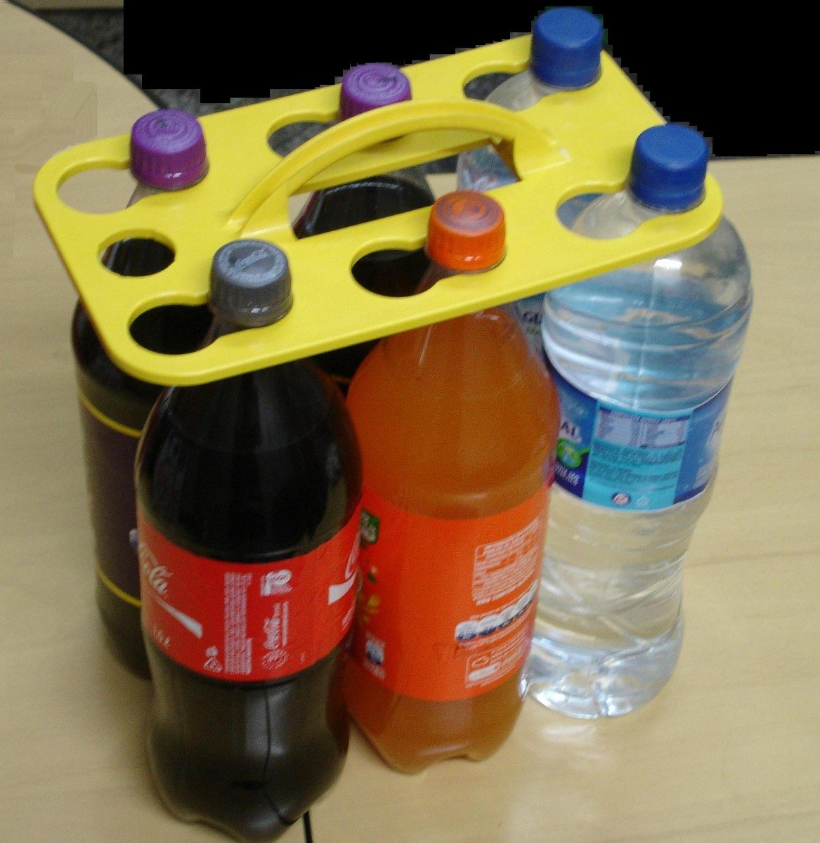 Transpet  transporte sustentável para garrafas PET e long neck ... a9197974b7a0c