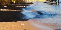 Lixo na praia do Prata em Palmas/TO
