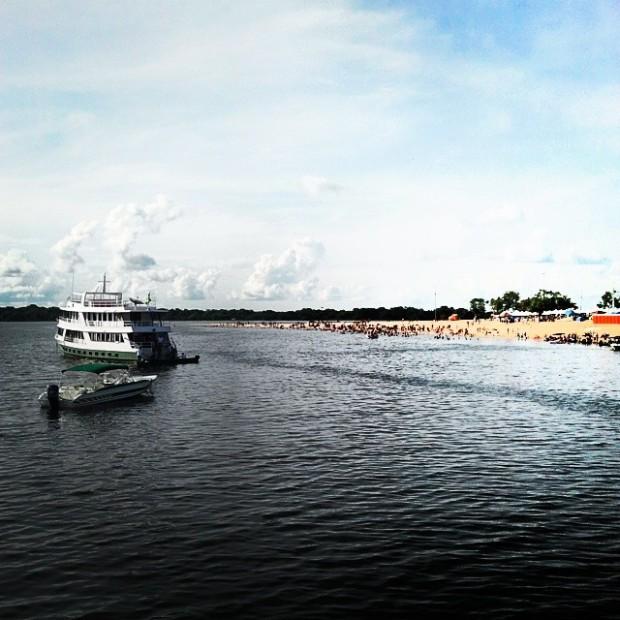 """O barco """"Iana I"""" que nos acompanhou dirante toda a viagem"""