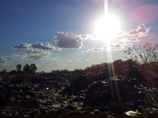 Foto antes da limpeza do lixão de Porto Nacional – Foto de Juliana Ribeiro