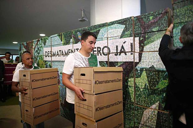 mural-6000-fotos-desmatamento-zero